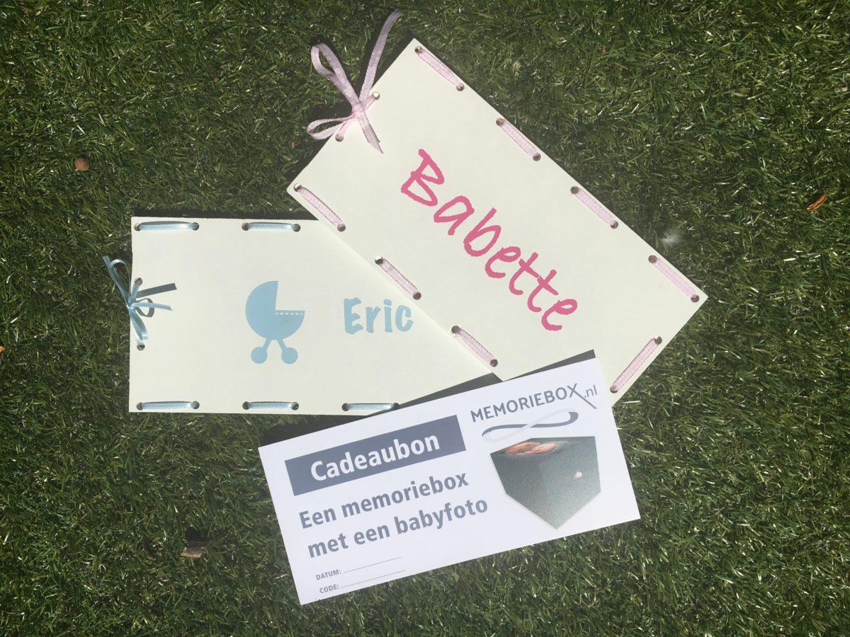 Verpakkingen voor cadeaubon bewaarkist met babyfoto.